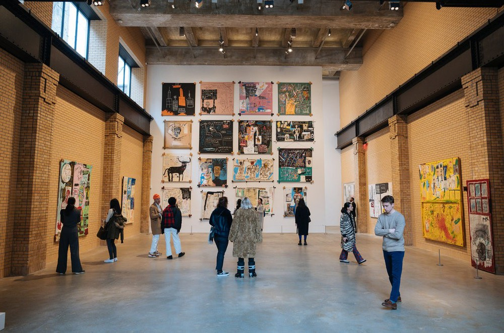 Basquiat's Bifurcated Life, Hockney at Auction & More