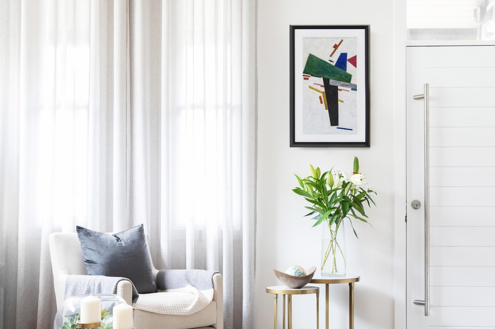 Choosing Art for a Minimalist Home