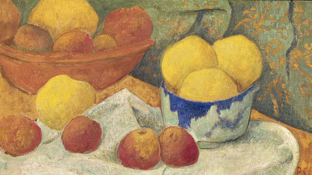 Apples with a Blue Dish
