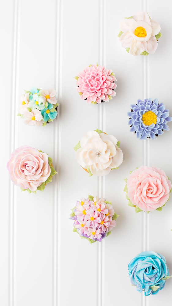 Springing into Flower Cupcakes